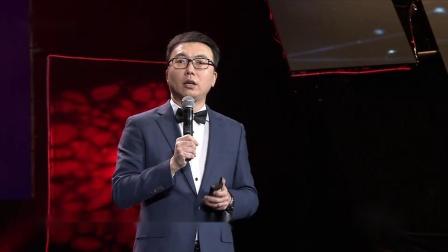 广东卫视财富跨年,王牧笛:发际线向后,是因为人生向前