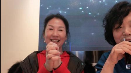 武汉江滩广场舞开心舞场:联欢晚会节目(三句半:我们最美)