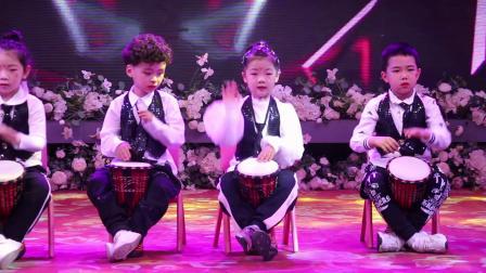 2020启源迪幼儿园迎新年联欢会8打击乐非洲鼓