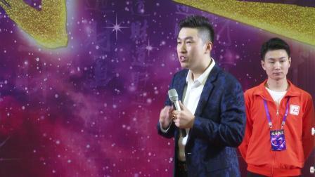 周文强:你怎么理解《天才白痴梦》的歌词?