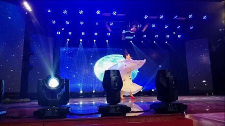 吉林镇赉陈莉参加白城春晚孔雀舞表演