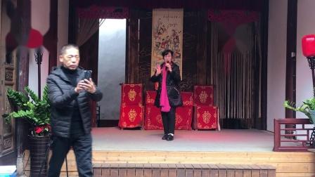 闽剧欣赏陈敏英演唱,主胡黄寄文,司鼓郑国铭。