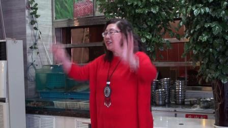 玉海摄:合唱《我和我的祖国》指挥:阎红.山东金百合合唱团迎春联欢会