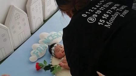女儿李怡菲
