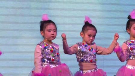 12舞蹈《公主的梦想》-指导老师:余老师-表演者:二级B班-2019年舞音琴行艺术教育第八届春晚汇报演出