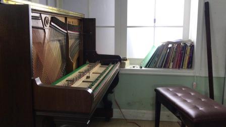 给英昌u121钢琴来个全身保养!
