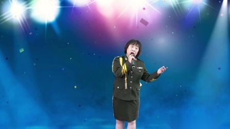 张幻演唱《拉住妈妈的手》 深情演唱感动观众