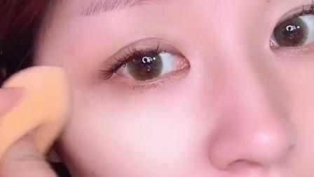西安化妆学校前十名伊凡美学分享底妆涂抹技巧!