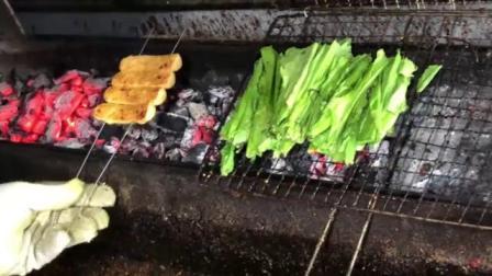 1-9.烧烤-菜卷鸡肉肠 油麦菜(烤制课)