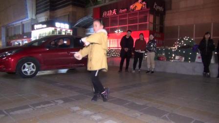 北京百荣伟伟曳步舞 小宝贝表演《酒醉的蝴蝶》 2020-01-13