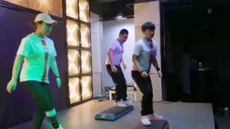 567GO健身教练培训北京校区踏板公开课