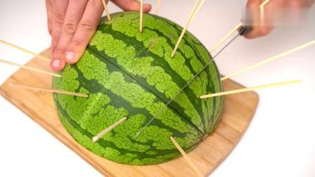 夏天吃西瓜的正确打开方式,做果汁自制西瓜冰棍等,创意手工DIY