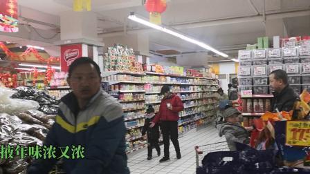 甘州人逛腊月  购物迎鼠年