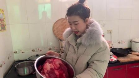 农村婆婆买了8斤牛肉,儿媳发现后端着就往娘家送,婆婆会愿意吗