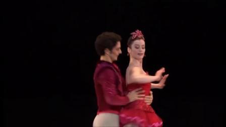 巴黎歌剧院芭蕾舞团前明星舞者和现任团长奥蕾丽·杜邦舞蹈集锦