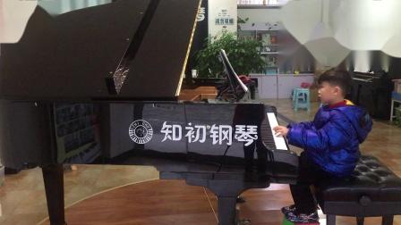 钢琴曲《跷跷板》,演奏者:尹嘉齐