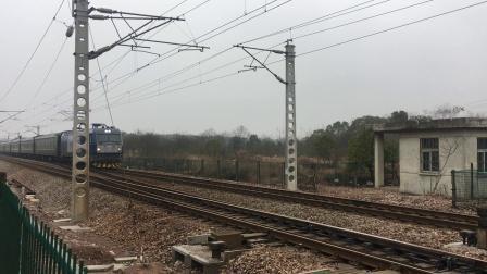 宣杭线 泗安站 K165次通过