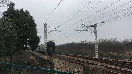 宣杭线 泗安站 K1050次通过