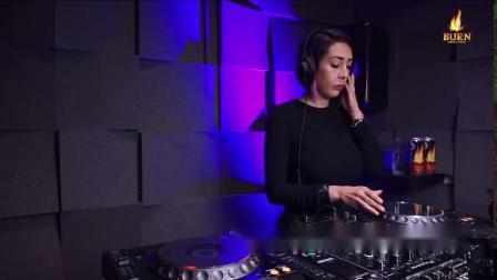 Lolo Linardelli - Radio Intense Barcelona 2020 - Techno Mix