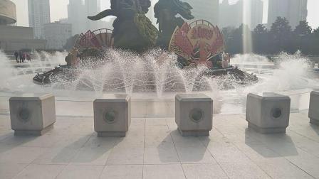 人民广场音乐喷泉《上海姑娘》
