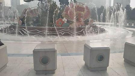 人民广场音乐喷泉《我和我的祖国》
