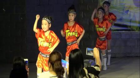 爵士舞  卡路里 花之雨舞蹈培训学校学员精彩表演