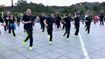 鬼步舞《心跳》简单2步弹跳健身舞鬼步舞教学 鬼步基本跳法分解动作 深圳教鬼步舞