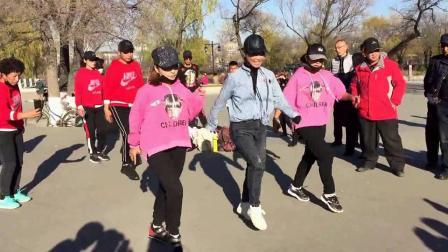 广场舞鬼步舞教学《不要停》中老年健身学习班教学