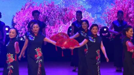 旗袍走秀【映山红】 虞雅菊 傅丽君 潘佩红 徐佩芳等在迎新春晚会上演出