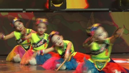 舞花棍的小姑娘——岚皋县石门镇小舞鞋舞蹈培训学校