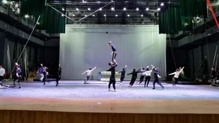 2020央视春晚杂技作品《绽放》排练厅版