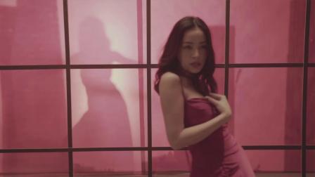 [杨晃]越南女歌手Chi Pu全新单曲 SHH! CHỈ TA BIẾTTHÔI