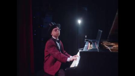 [杨晃]歌舞青春女主Vanessa Hudgens全新单曲Lay With Me