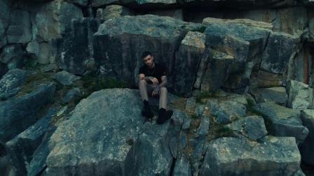 [杨晃]英国男子团体单向组合的成员Liam Payne新单LiveForever