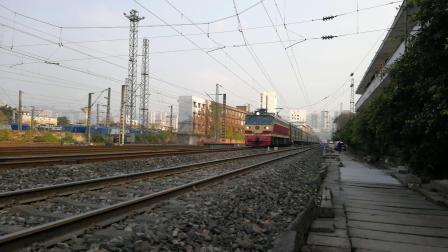 2020 1 19 SS7C 牵引(北京西 重庆)K589通过重庆南站