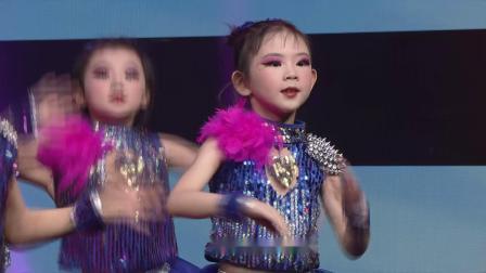 63 四平市铁东区青少年活动中心若涵声乐培训 表演唱《快乐00后》