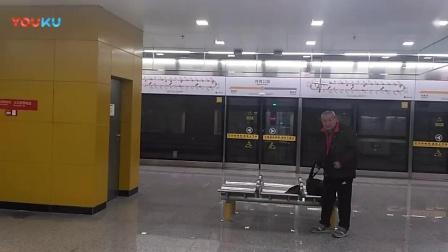 [2019.1.22]重庆地铁环线 体育公园-玉带山 运行与报站