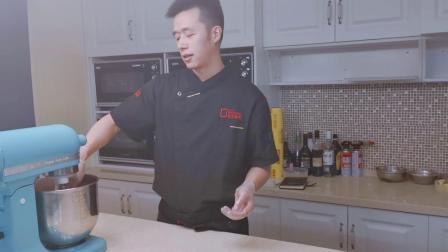 网红麻薯蛋黄酥的制作教程—重庆烘焙培训
