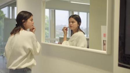 赛琳娜·戈麦斯推出美妆品牌