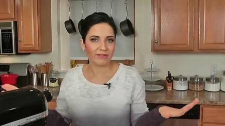 """视频教做菜-怎样做蛋糕""""巧克力天使蛋糕""""的做法"""