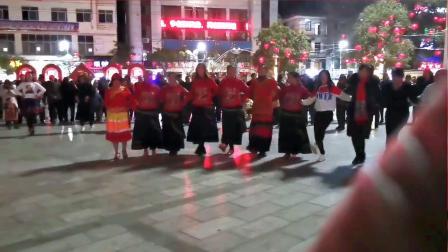 永善工农广场民族舞——刨脚
