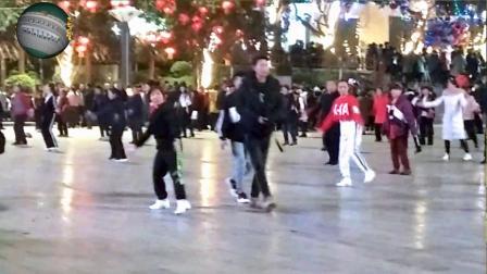永善工农广场舞——佤族姑娘爱跳舞