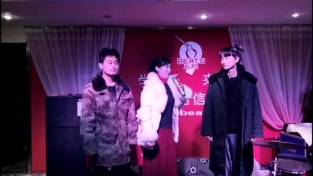 豫剧《抗疫情共产党员带头冲在前》许素红和儿子演唱