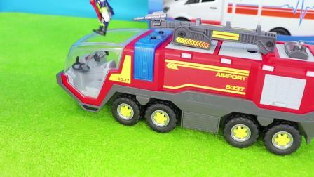 有趣的小汽车儿童玩具乐高品牌与摩比世界品牌汽车玩具