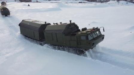 俄北方舰队DT-30全地形履带车后勤训练