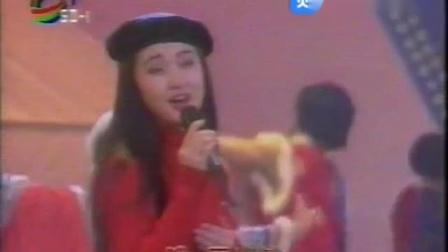 杨钰莹-压岁钱现场版(山东1)