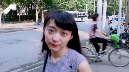 骗日本妹子两块一斤的西瓜2000块,故意摔碎后看她是什么反应