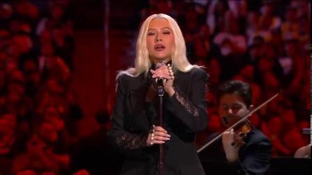 Christina Aguilera做客科比gigi追思会献唱《万福玛利亚》