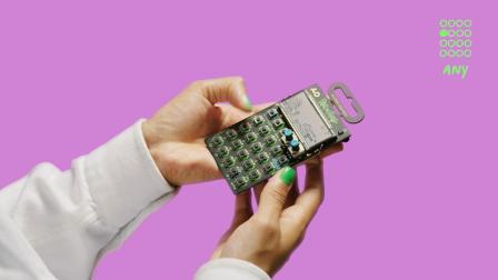 新浦电声Teenage Engineering PO-137 合成器 瑞克和莫蒂