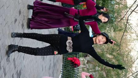紫竹院杜老师舞蹈《勐巴拉娜西》191217-3981